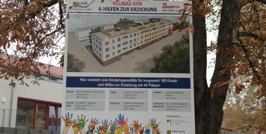 Hinweistafel auf Baustelle Stöckelstraße