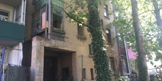 sanierungsbedürftiges MFH in der Engertstraße 4b