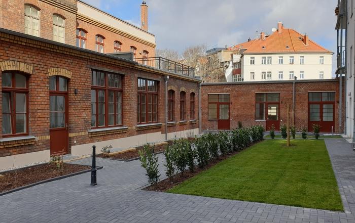 Blick in den Hof der sanierten Engertstraße 6a in Leipzig